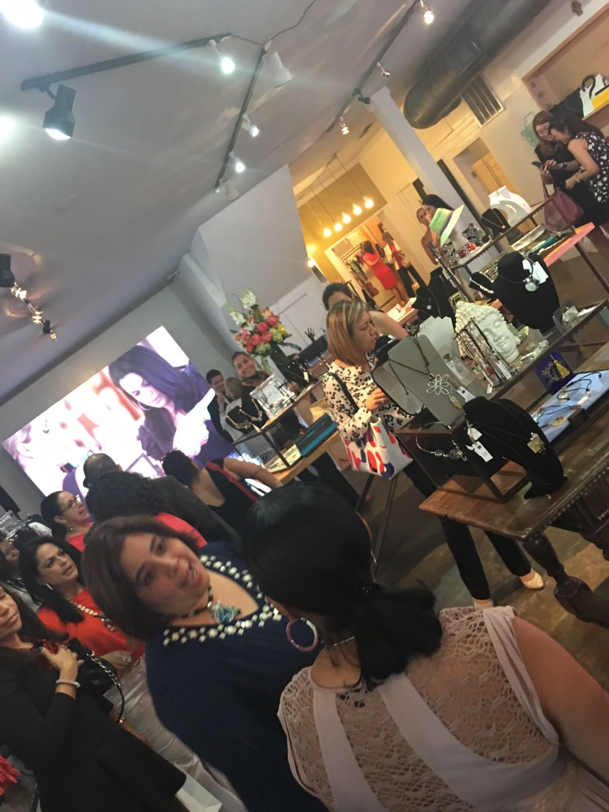 MIO BOUTIQUE - Opening party